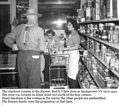 hcl_business_springwater_red_white_store_haynes_north_main_st_1950_pic01_resize400x298