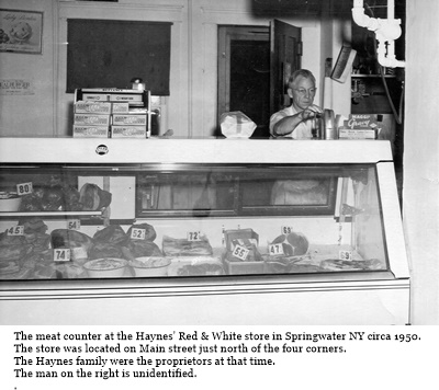 hcl_business_springwater_red_white_store_haynes_north_main_st_1950_pic02_resize400x296