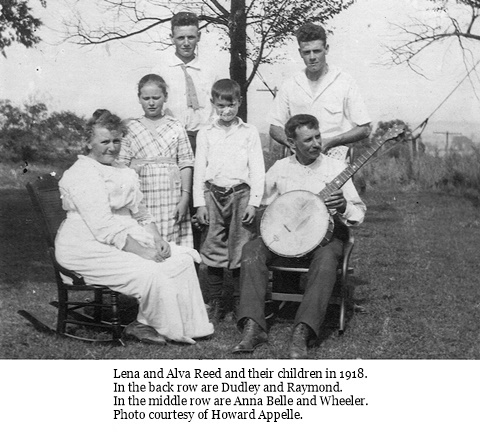 hcl_people_alva_reed_and_lena_flood_family_1918_resize480x360