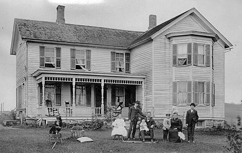 hcl_pic02_homestead_springwater_unknown_19xx_resize480