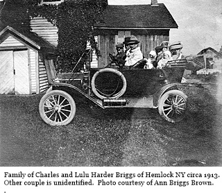 hcl_people_briggs_charles_driving_with_famiy_c1913_resize320x240