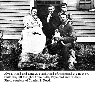 hcl_people_reed_alva_s_and_flood_lena_a_and_family_1907_resize320x240